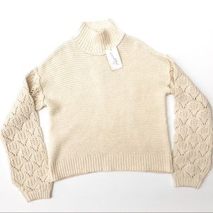 NEW Universal Thread chunky sweater, Size Small